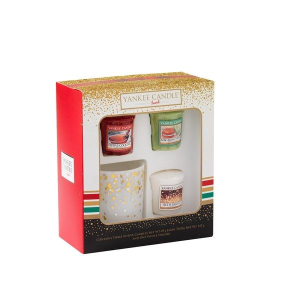 coffret cadeau 3 bougies parfumees votive senteurs festives 1 photophore yankee candle. Black Bedroom Furniture Sets. Home Design Ideas